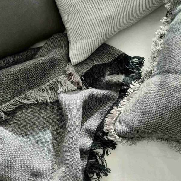 Cultiver Pure French Linen Throw Charcoal Black